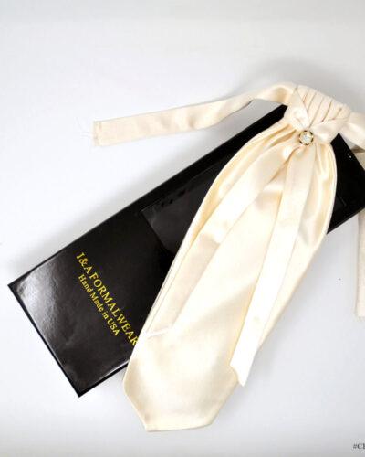 Groom Ivory Tuxedo Accessories